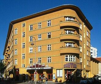 Kino Babylon - Image: Berlin, Mitte, Rosa Luxemburg Strasse 30, Wohnanlage und Kino Babylon