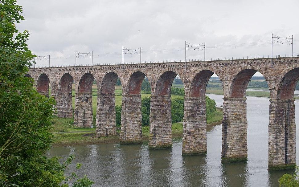 Berwick-upon-Tweed MMB 14 Royal Border Bridge