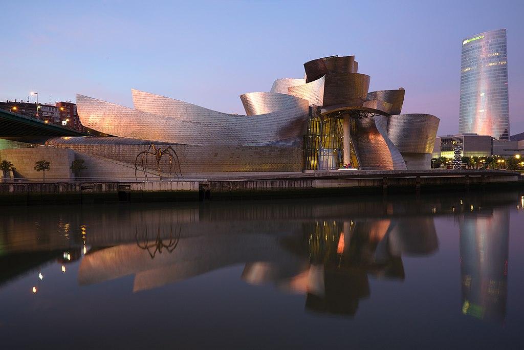 Franks first internationally triumph in architecture = The Guggenheim Museum in Bilbao, Spain