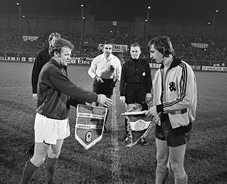 Billy Bremner - Bremner and Johan Cruyff in 1971