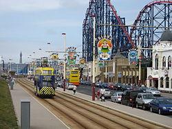 Blackpool tram seaside 2008.JPG