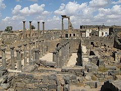 Bosra ruïnes - panoramio.jpg