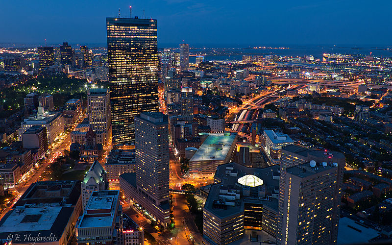 File:Boston à lheure bleue (4769294947).jpg