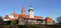 Bouzov hrad - Burg Busau.jpg