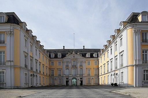 Brühl - Schloss Augustusburg - Schloss 08 ies
