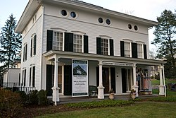 Bradley-Wheeler House, Westport, CT 01.jpg