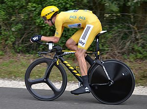 Individual time trial - Bradley Wiggins at the 2012 Tour de France, riding a time trial bicycle with aerodynamic wheels and aero bars