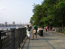 Brooklyn heights promenade.jpg