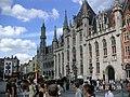 Brugge central plaza.jpg