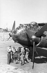 Bundesarchiv Bild 101I-497-3502-20, Flugzeug Junkers Ju 188 vor dem Start