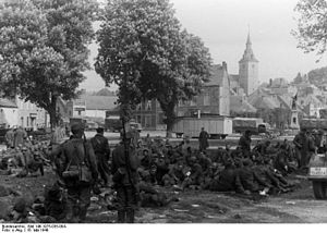 Belgian prisoners of war in World War II - Captured Belgian soldiers under German guard in Couvin, May 1940