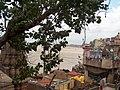 Burning Ghats of Varanasi - panoramio (1).jpg