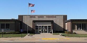 Butler County, Nebraska - Image: Butler County, Nebraska courthouse from E 2