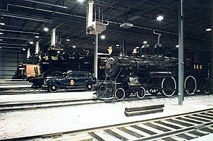 Canadian Railway Museum - Image: CPR locomotives no 492 4 6 0 and no 144 4 4 0 etc