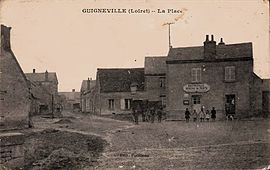 An old postcard view of Guigneville