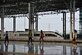 CRH380BL-6466L leaving Wenzhounan Railway Station 02.jpg