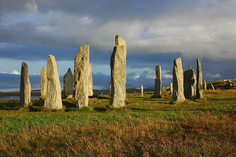 File:Callanish central circle (1175309880).jpg