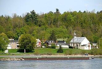 Saint-André-d'Argenteuil, Quebec - Image: Carillon QC 1