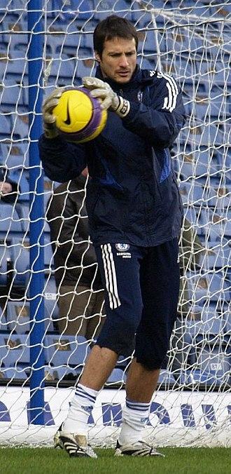 Carlo Cudicini - Cudicini warming up with Chelsea in 2008