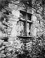 Castello di montalto finestra sopra scala fig 64 nigra.jpg