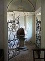 Castelnovo ne' Monti-pieve santa maria-fonte battesimale.jpg