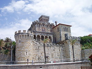 English: Castle at Tamariz Beach in Estoril, P...
