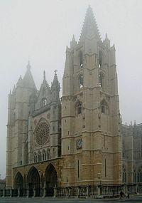 La Catedral de León fue una de las obras restauradas en plena época de retorno al gusto por la Edad Media