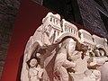 Chapiteau engagé Visitation, Nativité, Annonce aux bergers - PM28000291 and 950.9.1 - Naissance de la sculpture gothique - 09.jpg