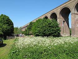 Chappel Viaduct (geograph 3984028).jpg