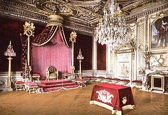 Seine-et-Marne - Image: Chateau Fontainebleau 03