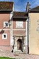 Chateaudun - Ancien presbytere 01.jpg