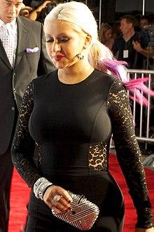 Christina aguilera en medias sexys