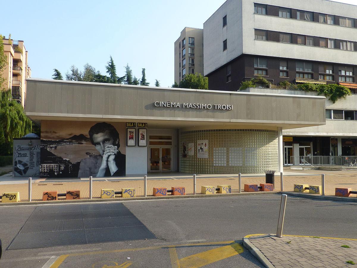 Cinema luogo wikipedia for Arredamenti ballabio san donato milanese