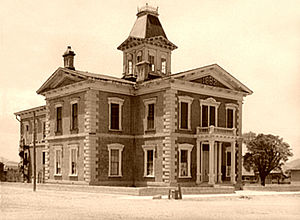 Tombstone Courthouse State Historic Park - Image: Cochise County Courthouse 1940 FSA