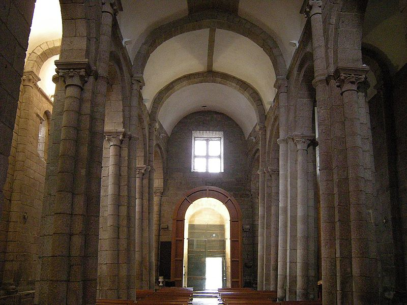File:Colegiata de Santa Maria de Sar 2.jpg