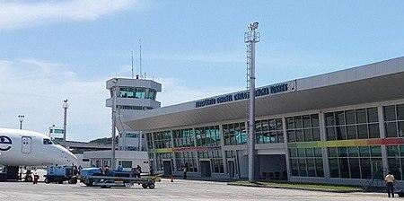 Lapangan Terbang General Rivadeneira