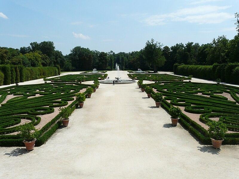 File:Colorno-palazzo ducale-giardini91.jpg