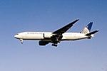 Continental Arilines Boeing 777-224(ER) (N78002-27578-165) (14344613059).jpg