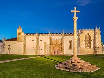 Cruzeiro de Setúbal and Monastery of Jesus, Setúbal, Portugal