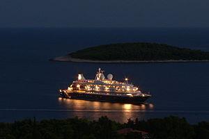 Cruise ship at Hvar.