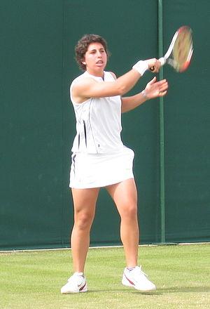 Carla Suárez Navarro - Suárez playing at the 2008 Wimbledon Championships