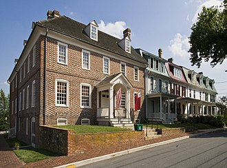 Chestertown Historic District (Chestertown, Maryland) - Custom House, 101 North Water Street and neighboring Victorian-era houses