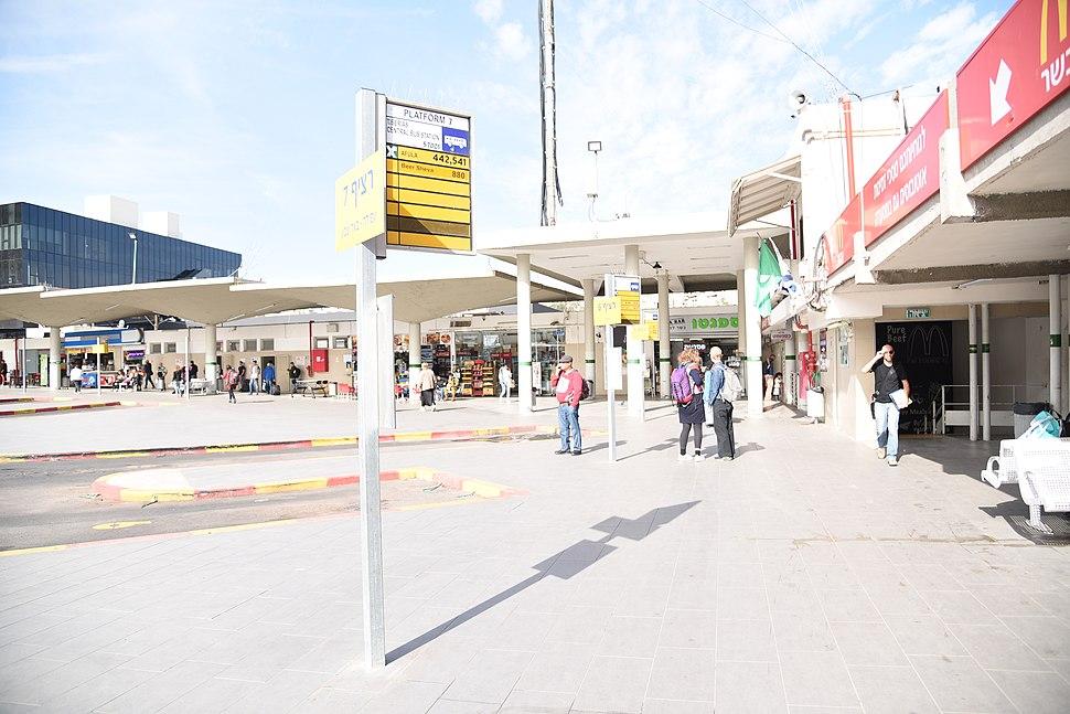 DSC-1232-tiberias-central-bus-station-december-2017
