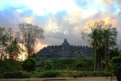 DSC00110 Java Centre Borobudur at Sunset Time (6220094684).jpg