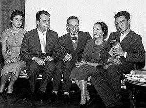 Daniel Bovet - Image: Daniel Bovet with family 1957