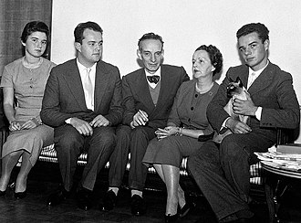 Daniel Bovet - Bovet's family in their house in Rome, October 1957: Bovet and his wife Filomena Nitti are flanked by their sons Gianpaolo and Daniele, with niece Antonella on the left.