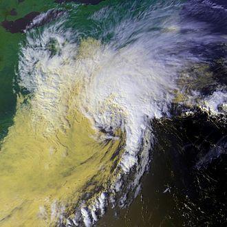 1992 Atlantic hurricane season - Image: Danielle 25 sept 1992 1916Z