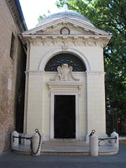 Dante's tomb in Ravenna, built in 1780.