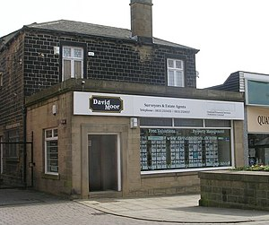 English: David Moor Estate Agent - Queen Street
