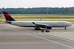 Delta Air Lines, N819NW, Airbus A330-323 (19482205178).jpg